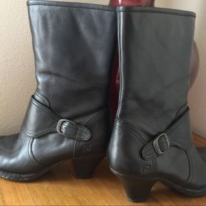 Born boots size 8.5